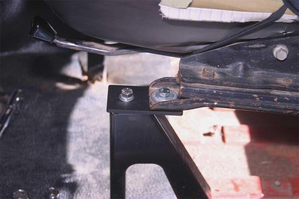 East Bay Tire >> seat braket reversal - more leg room | IH8MUD Forum